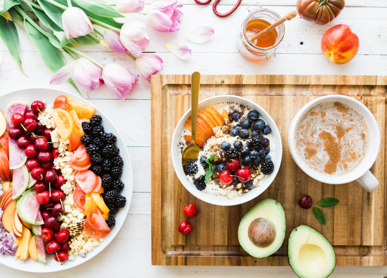 A spread of the best foods for seniors with diabetes including various fruits and vegetables