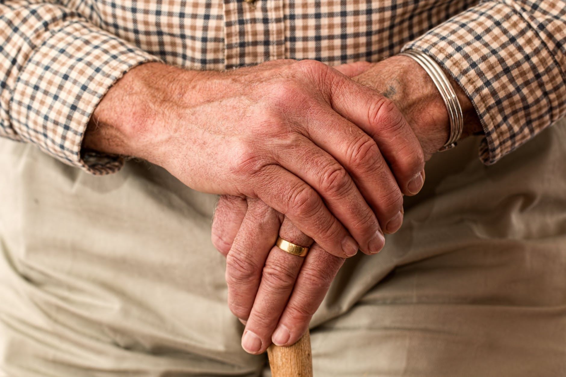 An elderly man. There are certain reasons why seniors should not live alone-Check out the reasons why.