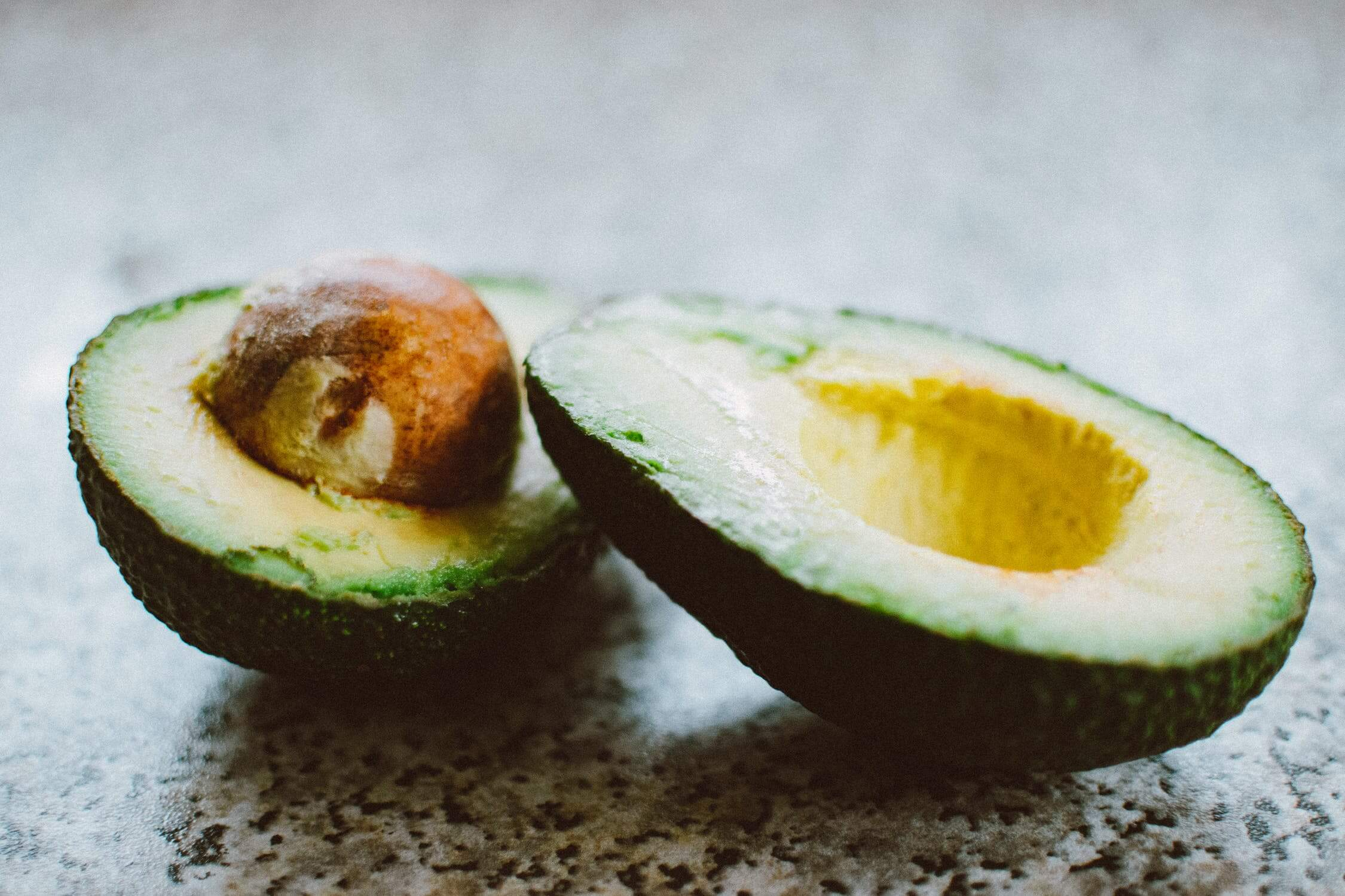 A sliced open avocado. Avocados are great brain health foods
