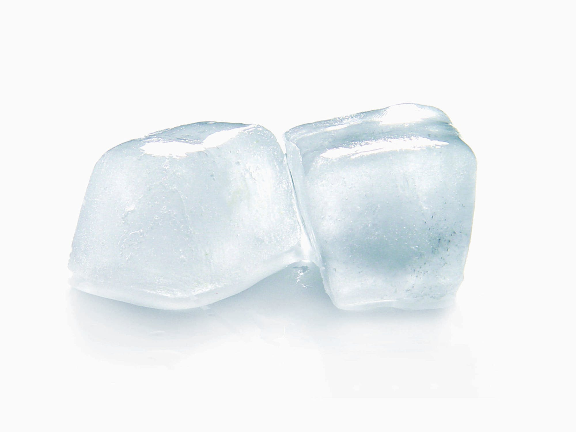 Ice cubs that can be utilized in cold therapy